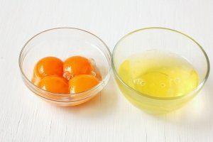Куриные яйца в разборе