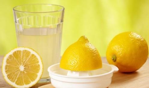 Натуральный лимонный сок из целых лимонов