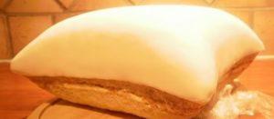 Уложенная мастика на верхнюю часть торта