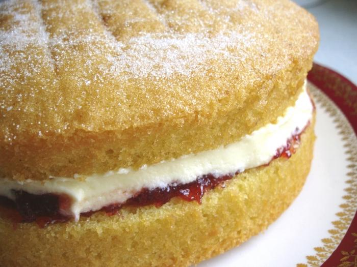 Готовый творожный бисквитный торт