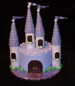 Красивый торт сказочный Замок