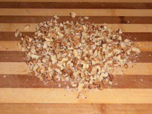Измельченные орехи для грильяжа