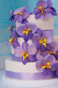 Трехъярусный укрепленный торт