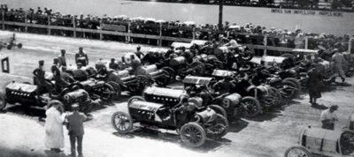 Фото первых гоночных соревнований безлошадных экипажей