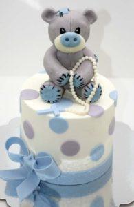 Милый готовый торт с мишкой Тедди на крестины мальчика