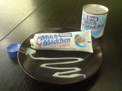 Продукция компании Nestle со снакомым названием «Milch Mädchen»