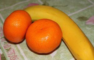 Необычные ингредиенты для шарлотки: мандарины и банан